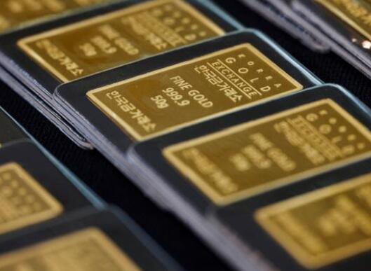 黄金价格为每10克45370卢比 白银的趋势为每公斤67900卢比