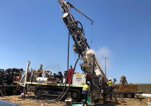 少女测定证实了塔克兰苏丹资源项目的银矿化发现