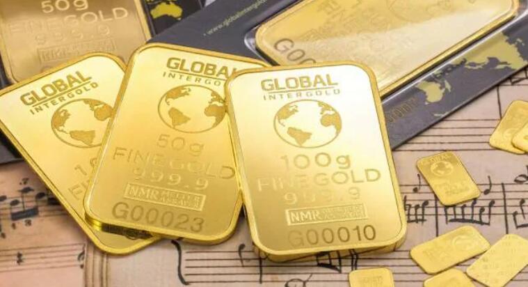 黄金因美元走强和收益率而回落 所有人都在关注美国的通胀数据