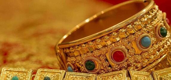 大多数专家预测 今天黄金和白银的价格可能会上涨