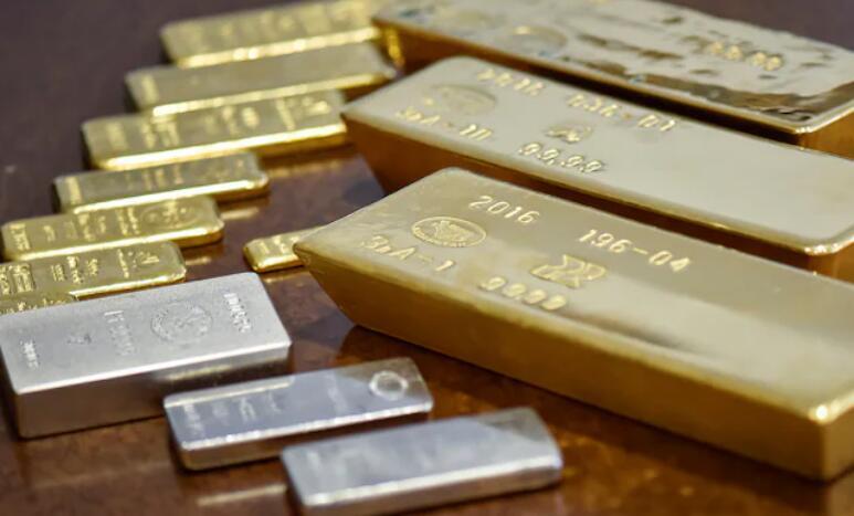 银价因卢比贬值小幅上涨 金价走势疲软