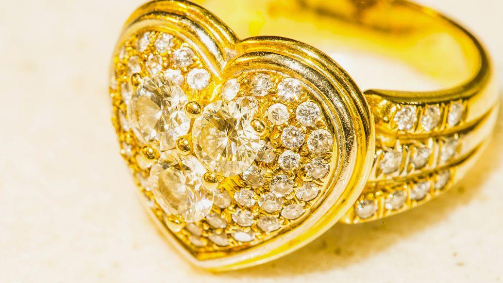 黄金和白银之间的五个主要区别