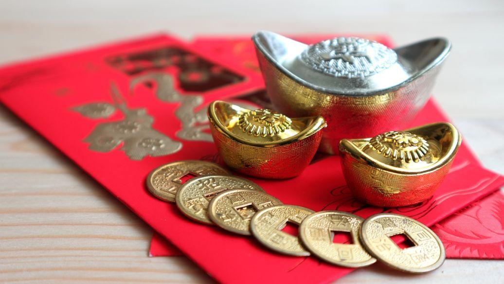 黄金白银和铂金继续盘整